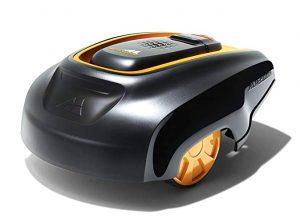 Robot tondeuse noire